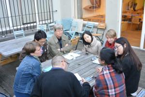 Twinner, alumni and board members discussing EU-China civil society topics